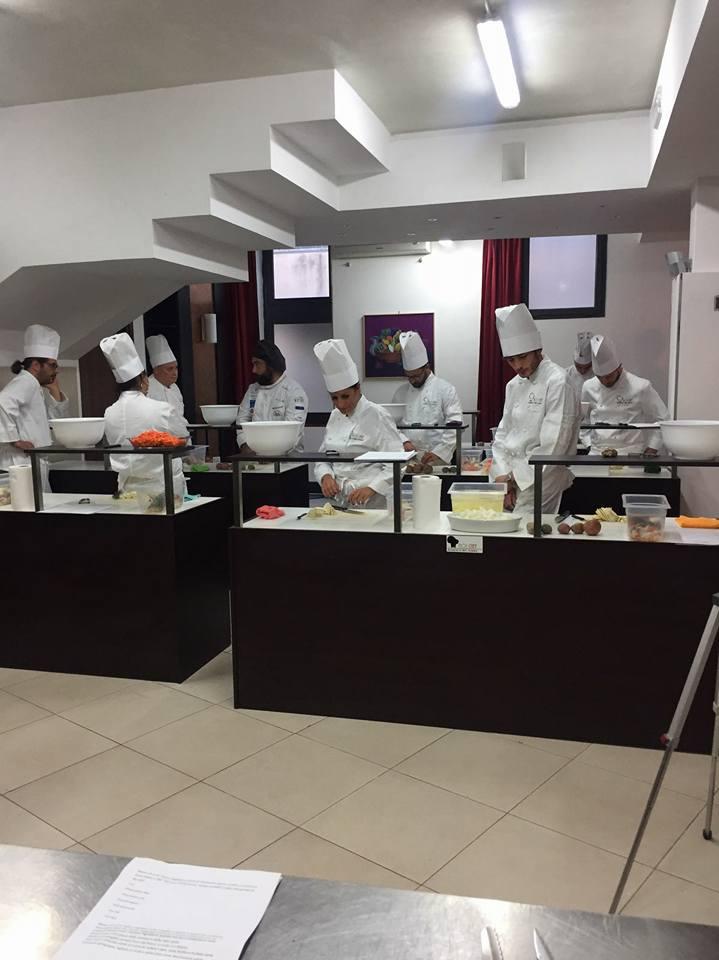 Noichef accademia di arte culinaria roma artigiana for Accademia arte milano